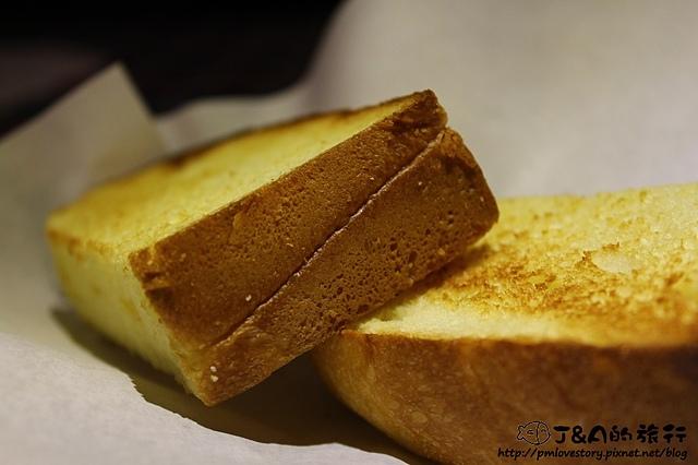 【捷運新埔】WORTHY 活西美式餐飲–山苦瓜漢堡,吃素的朋友也能享用唷!