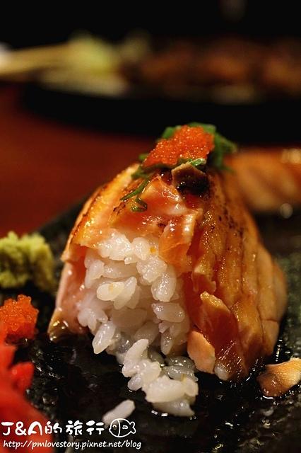 【捷運南港展覽館】串香珍 板前日式料理 (原串香珍 串燒、日式料理)–平價燒烤,炙燒鮭魚肚壽司軟嫩鮮香!!!
