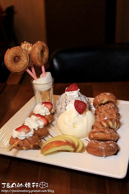 【捷運後山埤】T&T Cafe–超可愛的Q軟小甜甜圈!就是要甜蜜在一起~南港後山埤溫馨咖啡館!