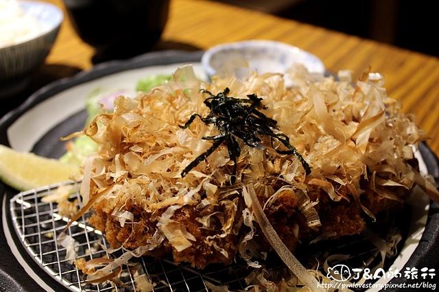 【捷運公館】赤神日式豬排–超厚麻糬豬排,Q軟鹹甜滋味好特別!!!