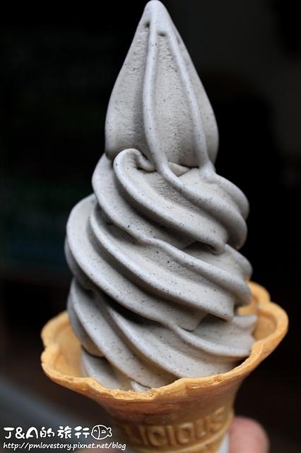 【捷運忠孝敦化】白鬍子 Milk Beard 鮮奶霜淇淋專賣店–必吃威士忌蜂蜜霜淇淋,芝麻霜淇淋好濃郁! 東區美食 銅板美食