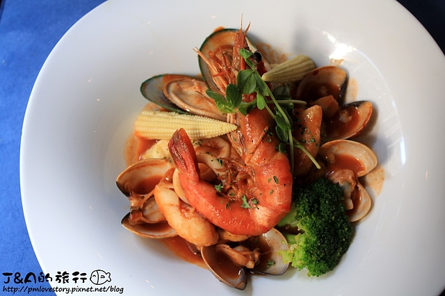 【捷運忠孝敦化】宮都拉義式主題餐廳 La gondola(宮都拉義式餐酒坊)–餐點種類豐富~東區浪漫、充滿情調的義式餐廳。 東區聚餐餐廳 東區美食