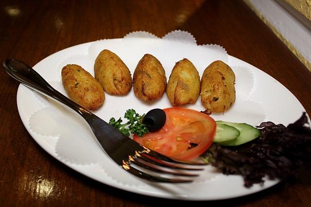 東區特色葡國料理,場地寬敞適合聚餐辦活動唷~新帆船餐廳 新帆船澳門葡國餐廳 Restaurante Vela Latina