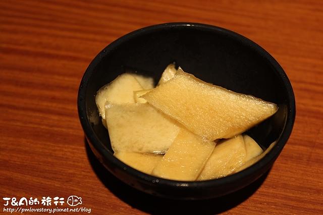 精緻無菜單料理300元就能吃的到唷!東街日式料理 東街日本料理 捷運南京復興 捷運南京東路