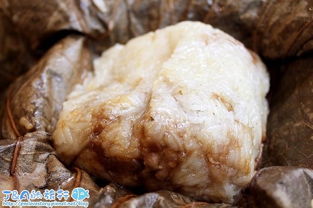 【香港自由行/香港美食】聚點坊點心專門店 Dim Sum Square–超爆漿的奶黃流沙包好好吃~ 香港上環美食