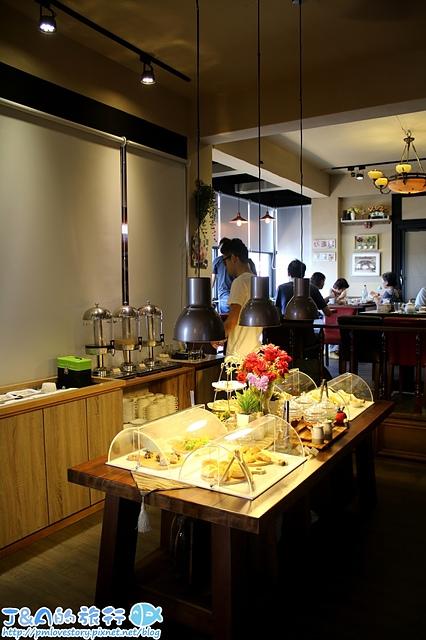 【新北瑞芳】鼻頭的午茶時光–249元下午茶吃到飽.加100元多一份主餐,鄰近鼻頭角步道、鼻頭角燈塔,東北角景觀餐廳推薦。