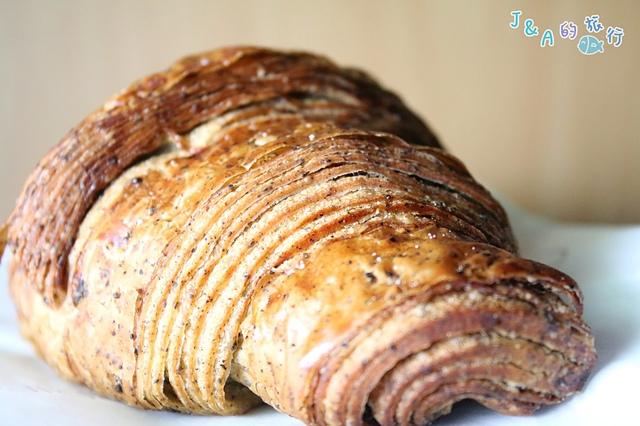 【捷運國父紀念館】Gontran Cherrier Bakery–法國巴黎可頌店 酸甜草莓可頌.還有台灣專屬的台灣茶可頌唷!東區可頌店