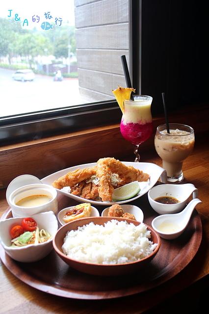 【捷運公館】右手餐廳泰式定食THAIHAND-一個人也能夠輕鬆享用泰式料理!(有完整菜單) 台大美食/公館美食/公館聚餐餐廳